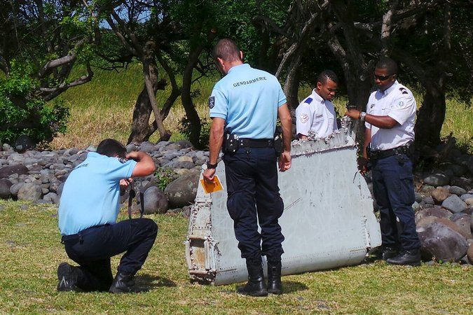 Debris Is Met Warily Amid Speculation It's From Malaysia Airlines Flight 370 - The New York Times