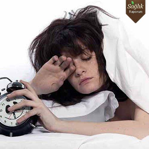 Uyku Bozukluğu Yaşlılıkta Alzheimer'a Sebep Oluyor
