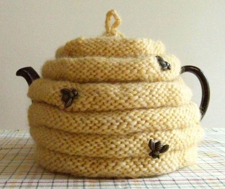 (Spouted) Beehive Tea Cozy Pattern