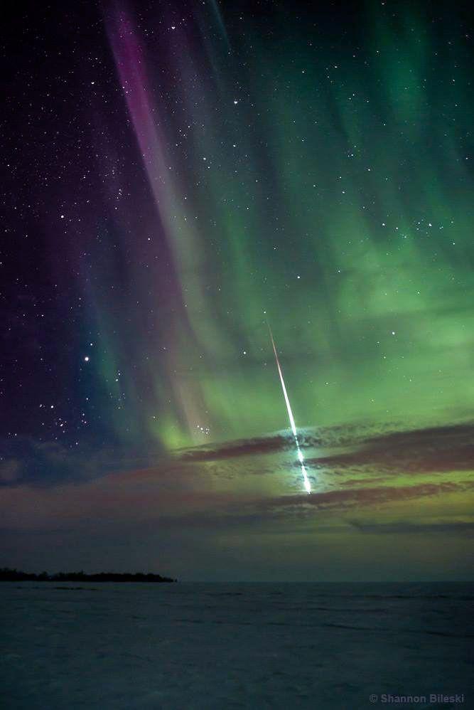 an aurora and a fireball over Manitoba, Canada, by Shannon Bileski (www.signatureexposures.com)