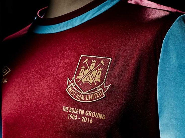 West Ham presentó su nueva camiseta Umbro para la temporada 2017/18