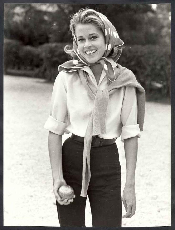 Jane Fonda playing bocce