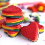 What to do with leftover crayons.: Valentines Ideas, Tins Crayons, Crayons Heart, Broken Crayons, Melted Crayons, Muffins Tins, Kids Crafts, Valentines Gifts, Heart Crayons