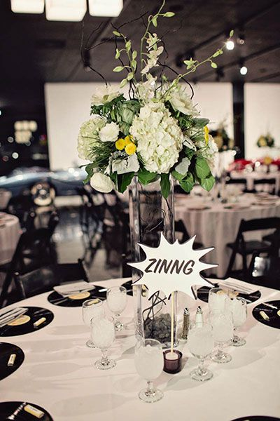 Comic book and nerd love décor inspiration / vinyl / zinnng! / pow / non-traditional / unconventional / alternative wedding