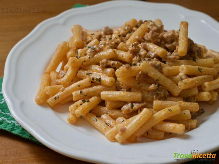 Maccheroncini panna e salsiccia  #ricette #food #recipes