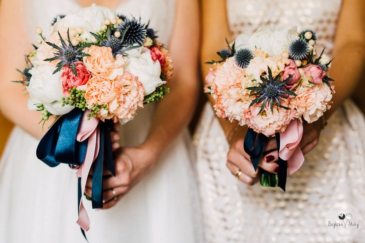 INNA Studio_ bridal bouquet / bukiet Panny Młodej oraz świadkowej / ze wstążką / fot. Bajkowe Śluby