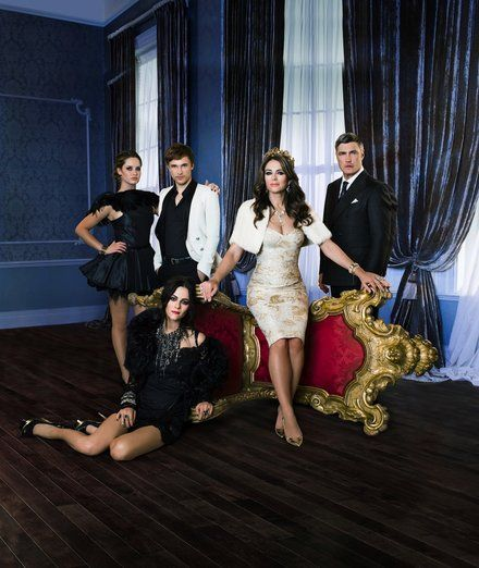 The Royals tv show E! William Moseley, Elizabeth Hurley, Merritt Patterson, Alexandra Park