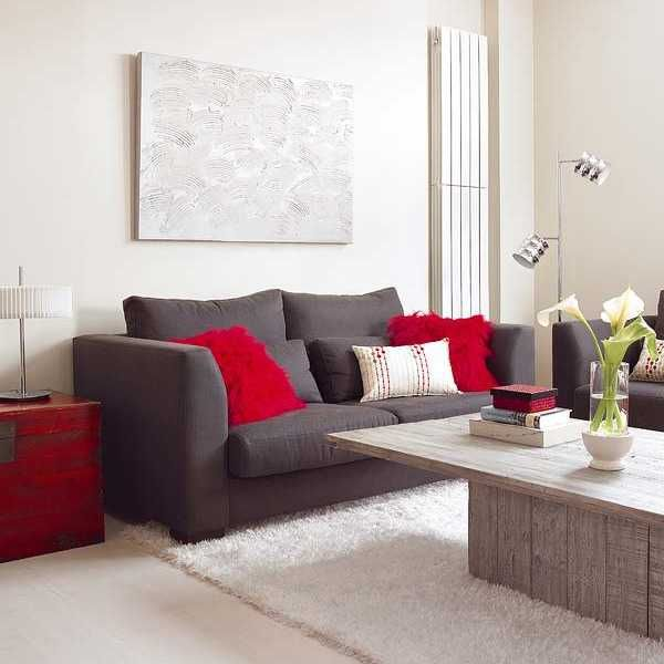 Small Apartment Ideas Blending Functionality, French Elegance and Bold Room Colors