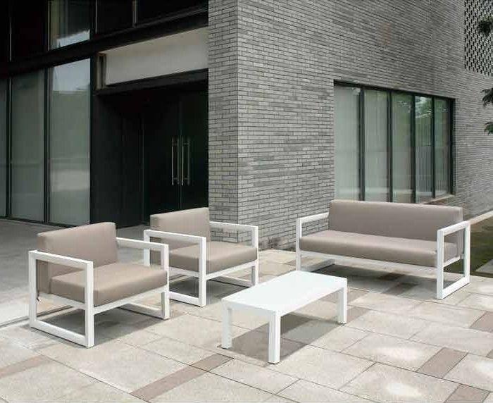 Sofas exterior baratos top sof enorme cojines sofa for Sofa exterior segunda mano