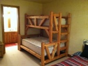 Plans to build a bunk bed in timber for adults - Custom loft beds for adults ...
