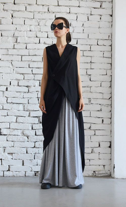 Black Linen Long Top/Asymmetric Loose Tunic/Black Maxi Top/Extravagant Summer…