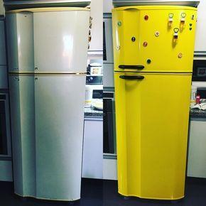 Quer ter uma geladeira adesivada, mas não tem muita ideia de que tipo de cor ou estampa escolher? Confira fotos lindas para se inspirar.
