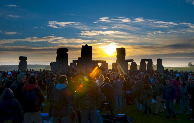 What is and what was the Summer Solstice? Your home for all things supernatural! Ghosts, Aliens, Fallen Angels, Nephilim, UFO's, Unexplained