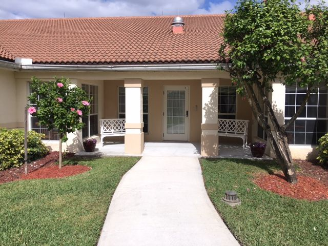 Arden Courts Of Lely Palms Is A 56 Bed Assisted Living Community Located In Naples Fl Communities This Size Senior Living Communities Assisted Living Naples