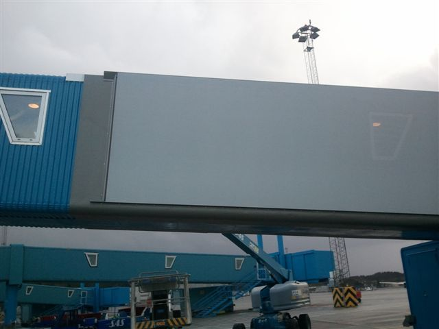 Mock up - first section of Flesland pax bridge
