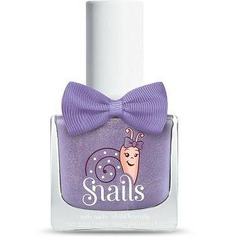 Snails neglelakk - 100% vannbasert neglelakk fra Snails som er spesielt utviklet for barn. Den kan vaskes vekk med varmt vann og såpe og lager ikke flekker på verken klær eller møbler.