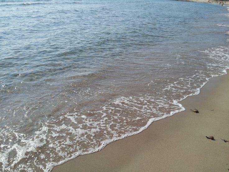 La spiaggia di Foxi Manna è la più grande della Marina di Tertenia. Lunga circa un chilometro si posiziona ai piedi del bellissimo Monte Cartucceddu. La sabbia è finissima e chiara, mentre l'acqua si caratterizza per il suo colore cristallino e per la bassa profondità.