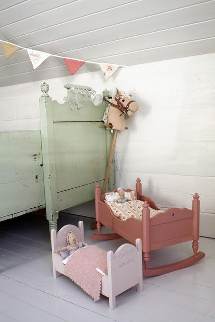 Scandinavian pull out bed ... such a soft green!