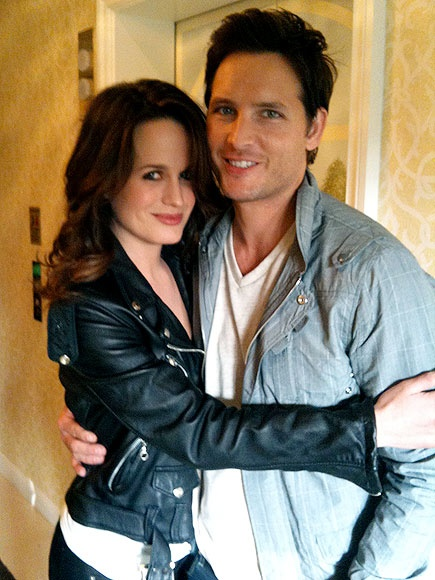 i am sorry but they would make the best couple ever : Elizabeth Reaser (Esme) & Peter Facinelli (Carlisle)