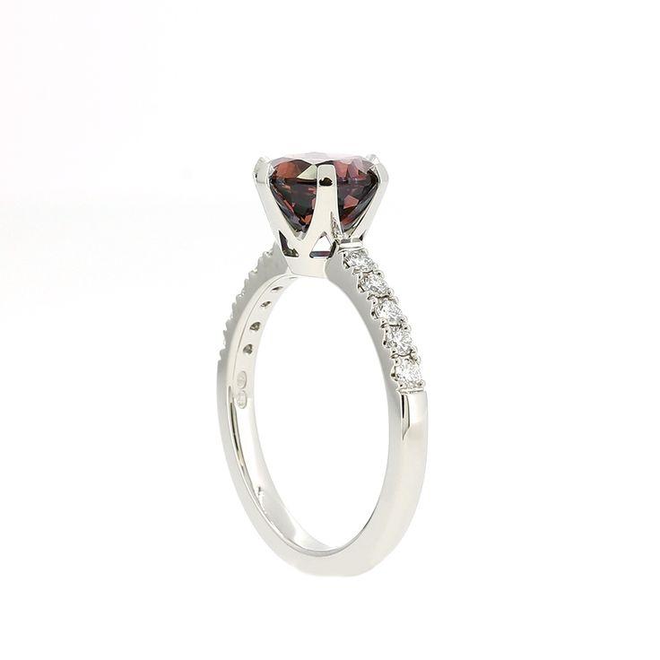 Crown Azura Ring with garnet