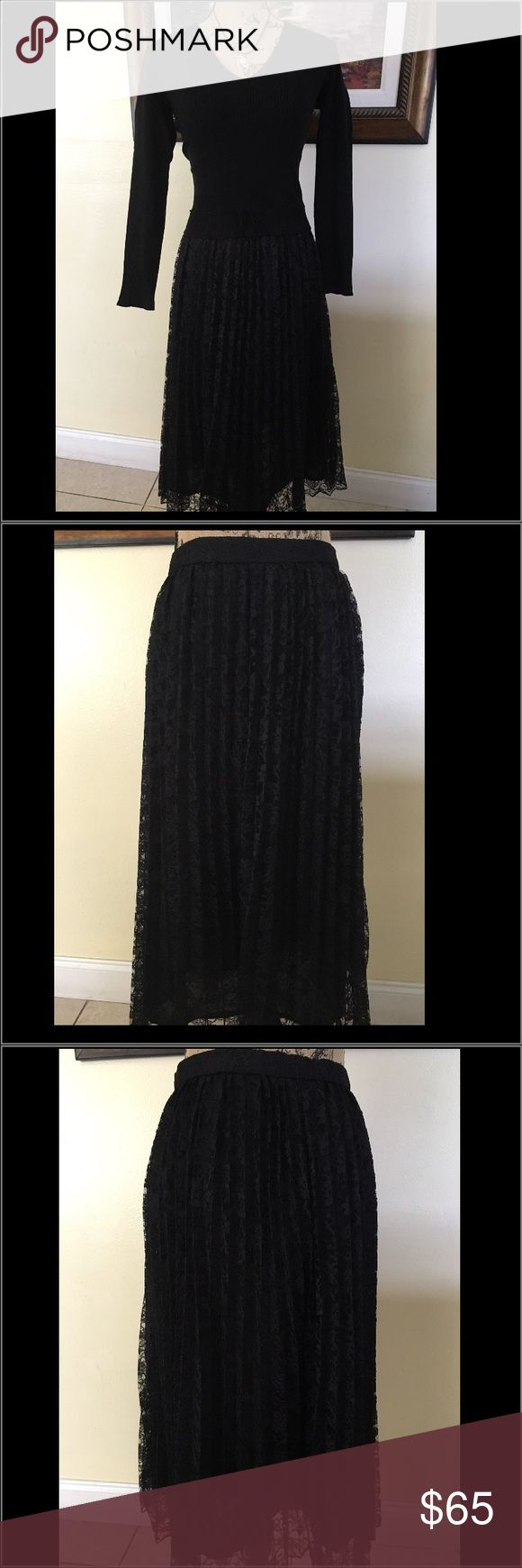"""️ SZ 16 ASOS Curve Black Lace Skirt ️ SZ 16 ASOS Curve Black Lace Skirt.  Like new.  Perfect party skirt for that """"Sex in the City"""" look.  Also can be worn to a special evening occasion. ASOS Skirts A-Line or Full"""