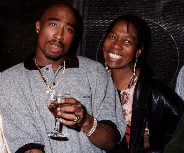 Mother and Son: Makaveli and the queen who birthed him, Afeni Shakur. #RIP #Tupac Outlawz 4ever (Photo taken c.1996)