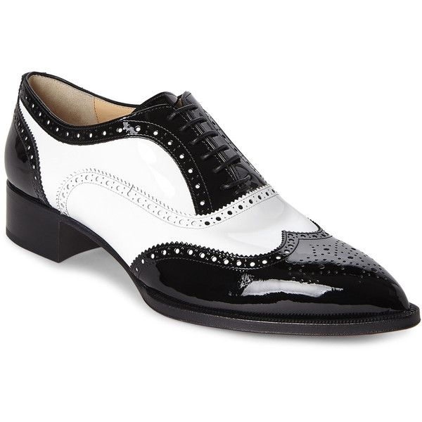 Men's Oxford Shoes are classic additions to any formal outfit! Kohl's features many popular brands of Oxford shoes, like mens SONOMA Goods for Life Oxfords or men's Dockers oxfords. And be sure to find the right pair of shoes to coordinate with your outfit.