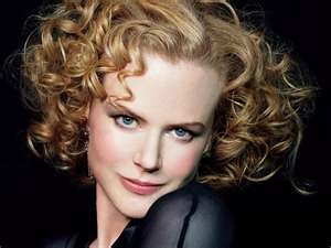 nicole k. blue/green: Curly Curls, Curls Hairstyles, Nicole Kidman, Shorts Hair, Nicolekidman, Curly Girls, Favorite Actresses, Beautiful People, Curly Hair