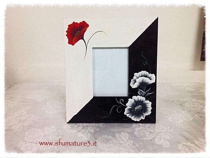 Cornice decorata con tecnica One Stroke - www.sfumature3.it