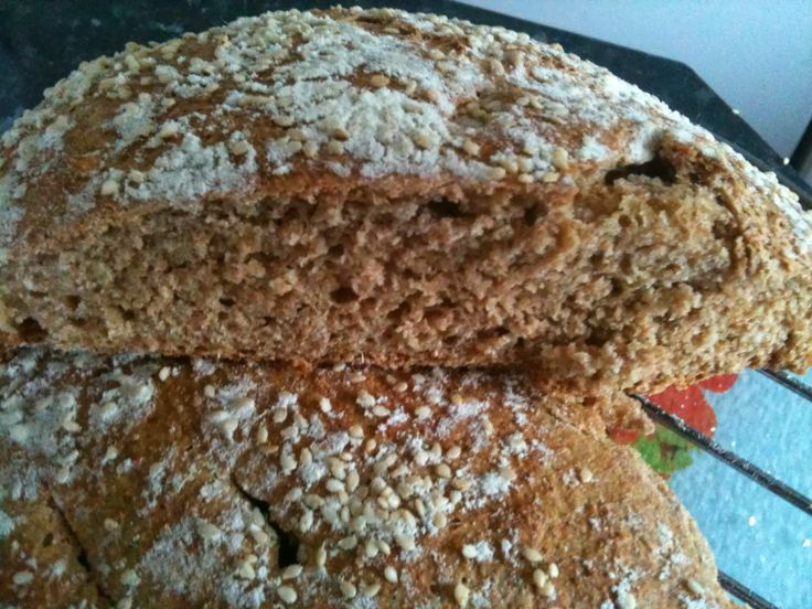 Favourite Old English Recipes From Your Childhood: Quick and Easy Roman Style Spelt Bread