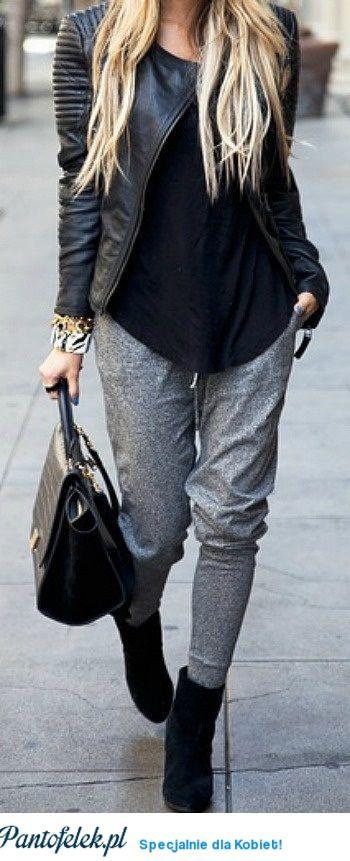 Szare dresowe spodnie w eleganckiej stylizacji- Podoba nam się to!!