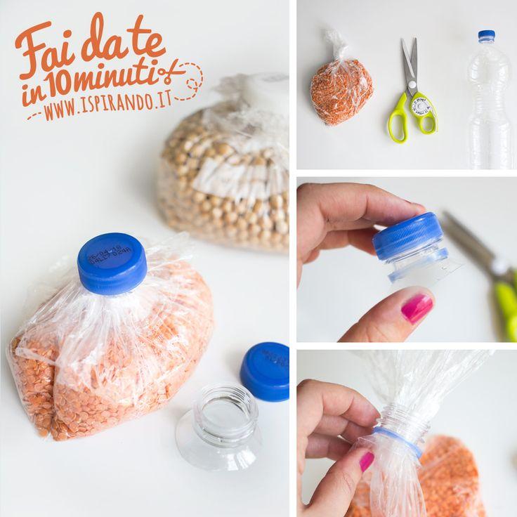 Un semplicissimo trucco per chiudere i sacchetti con un tappo; un'idea perfetta per riciclare le bottiglie di plastica e conservare più a lungo gli avanzi.