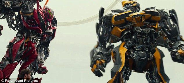 Mark Wahlberg in the trailer for Transformers: Age Of Extinction ...