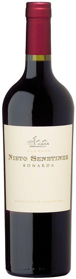 """Nieto Senetiner"" Bonarda 2015 - Bodega Nieto Senetiner, Luján de Cuyo, Mendoza------------------Terroir: Agrelo-------------------Crianza: 40% del vino de 6 a 8 meses en barricas de roble francés de tercer uso"