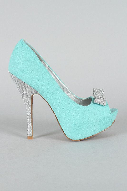 Since my wedding is going to be Tiffany & Co. themed, these shoes are perfect. And only $29 from urbanog!