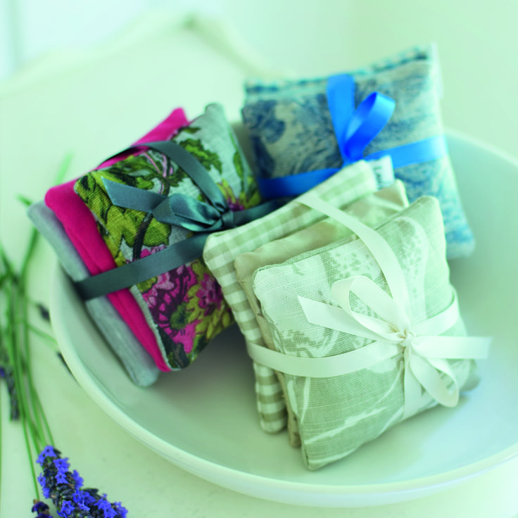 Place these beautiful #lavender #bundles within your #drawers and #clothing for a wonderful #fragrance.