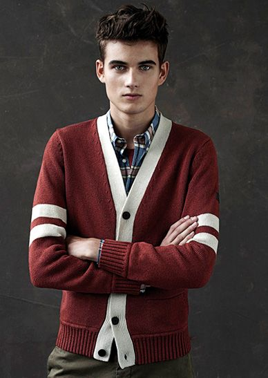 : Preppy Casual, Cream Cardigans, Cardigans Exact, Cream Menstyl, Preppy Cardigans, Men Knitwear, Cardigans Win, Men Sweaters, Male Models