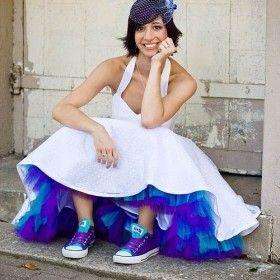 Dicas e inspirações lindas para noivos e noivas que pensam em optar pelo All Star da Converse como seu sapato de casamento!