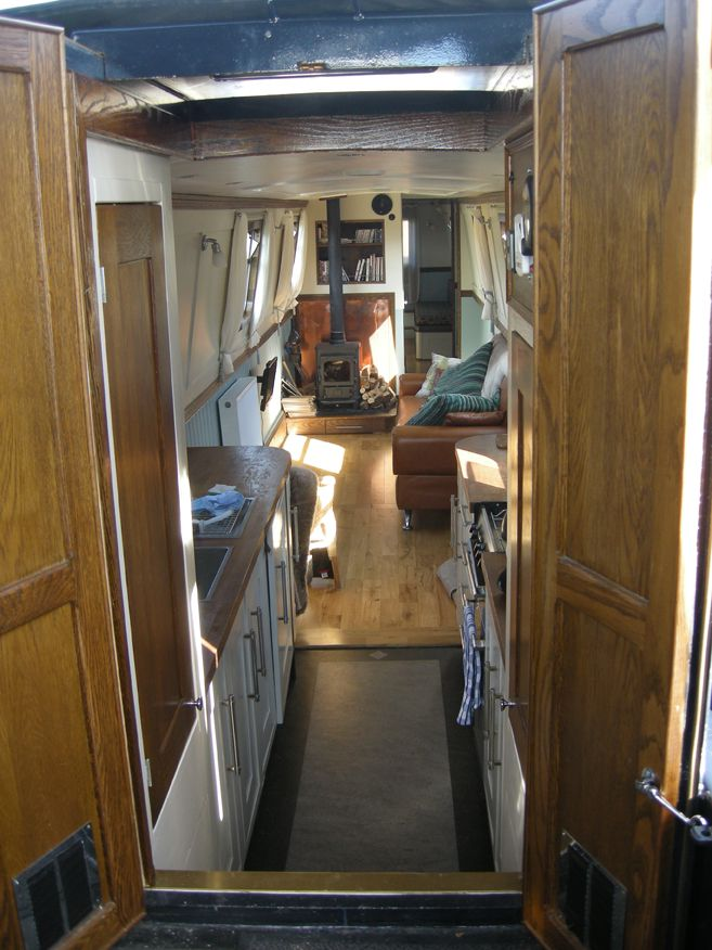 17 Best ideas about Narrowboat on Pinterest | Narrowboat kitchen, Canal boat and Boat interior
