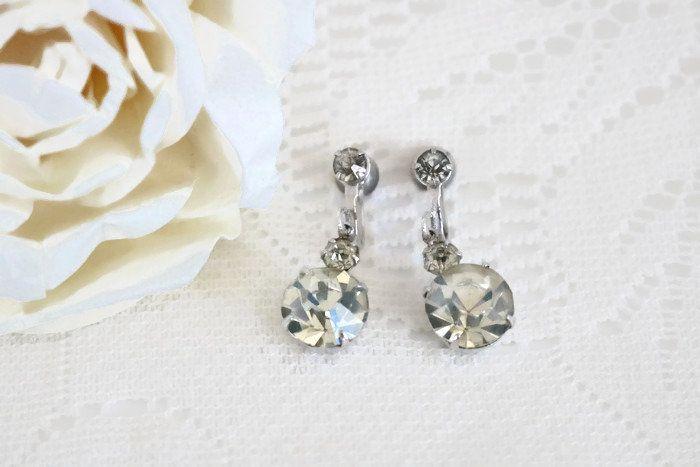 Vintage prong set Rhinestone screwback earrings, screw back dangle earrings, clear rhinestone and silver metal earrings, ladies jewelry by ShimmerTreeVintage on Etsy