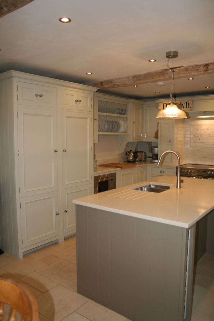 Chichester Kitchen - Island in Farrow and Ball Mouses Back