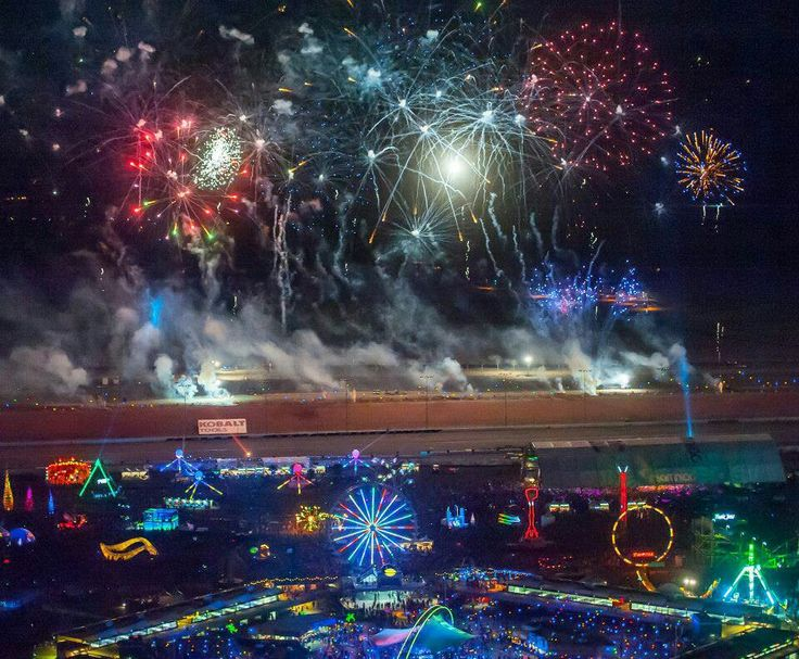 EDC Las Vegas 2013. Well. I want to be there.