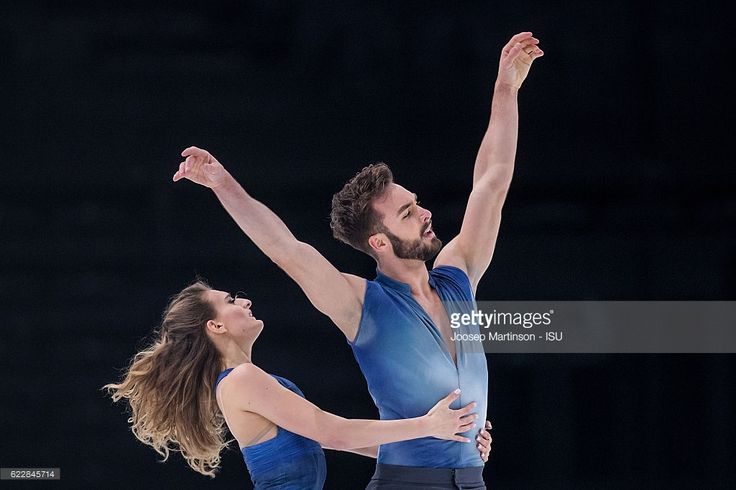 News Photo : Gabriella Papadakis and Guillaume Cizeron of...