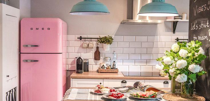 Decora tu cocina con los originales frigoríficos Smeg - https://www.decoora.com/decora-tu-cocina-con-los-originales-frigorificos-smeg/
