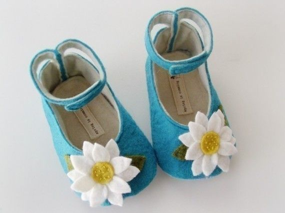 If only I had a little GIRL!    no 048 Leila Felt Baby Shoes PDF Pattern by sewingwithme4 on Etsy, $4.50