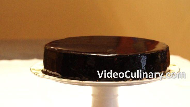 Chocolate Glaze Cake Decoration : 17 Best ideas about Chocolate Mirror Glaze on Pinterest ...