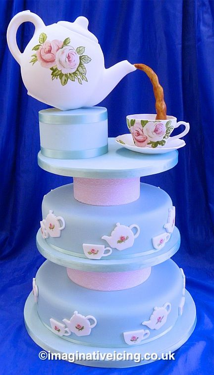 Vintage Teapot #Wedding #Cake #Stunning #Beautiful Great #CakeDecorating We love and had to share!