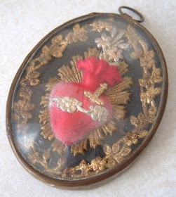 http://metalcorset.blogspot.com: ANTIQUE FRENCH IMMACULATE HEART OF MARY EX VOTO RELIQUARY