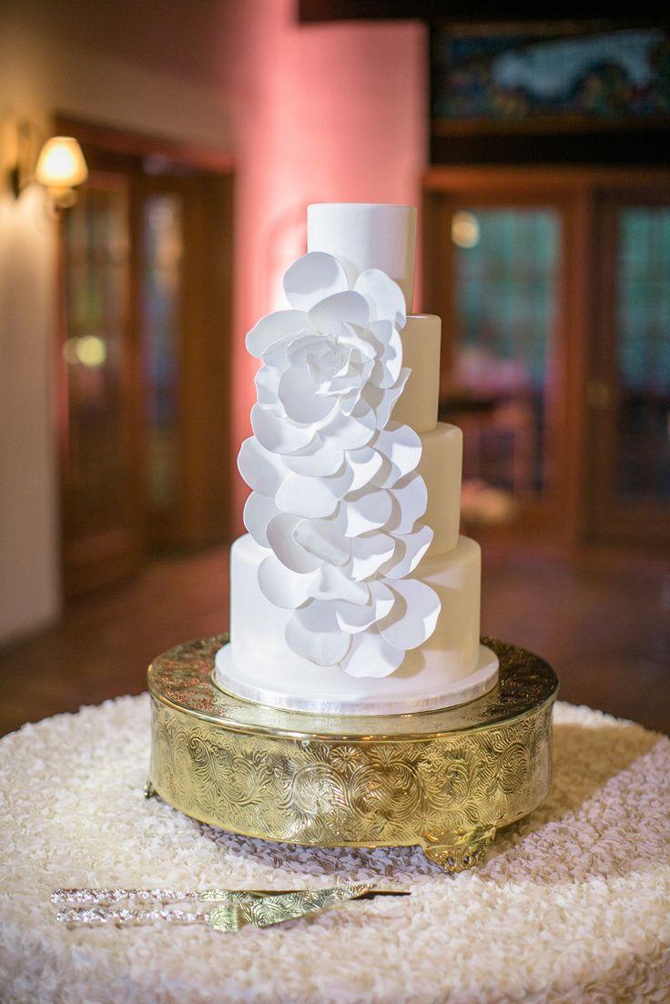 wedding cakes in lagunbeach ca%0A Elegant Rancho Las Lomas Wedding