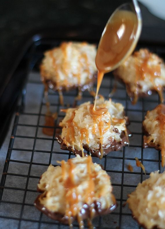 Salted Caramel Coconut Macaroons from Cookies and Cups